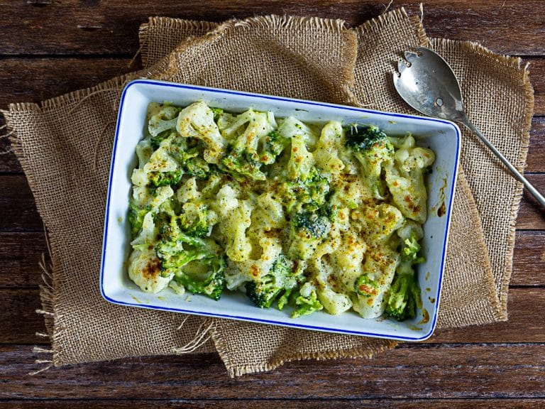 Broccoli and Cauliflower in White Sauce