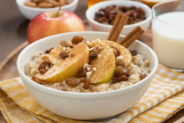 Easy Bircher Muesli for a Cheap and Healthy Breakfast
