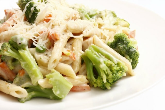 creamy pasta with vegetables