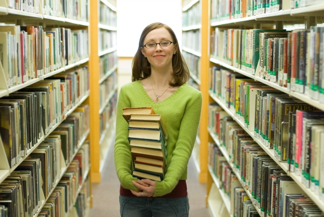 Save Money at the Library – The Best Resource for Frugal People