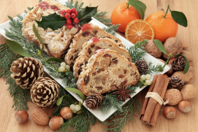 9 Ways to Save Money on Christmas Food