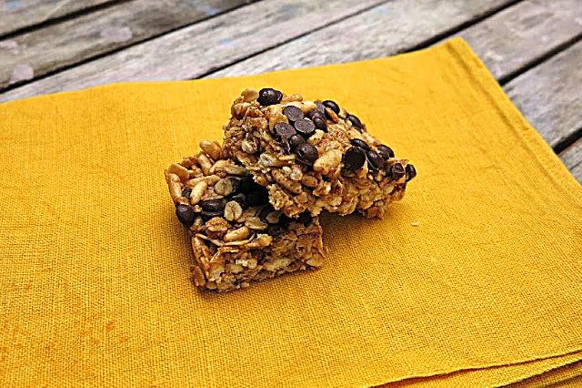 homemade chewy muesli bars {gluten, nut and dairy free}