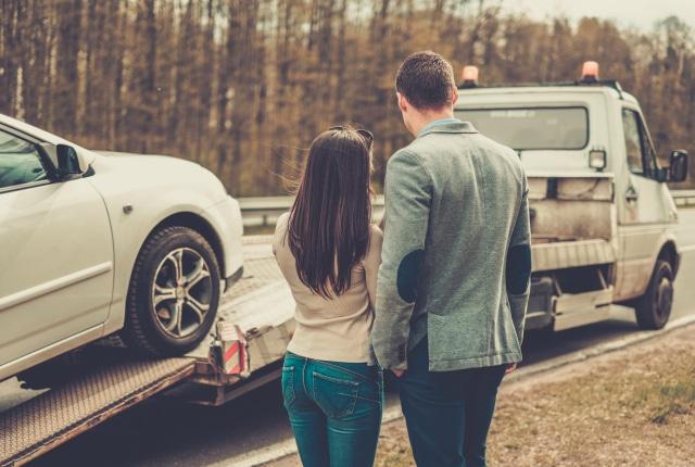 Don't Drain Your Savings – Do These Regular Car Maintenance Tasks