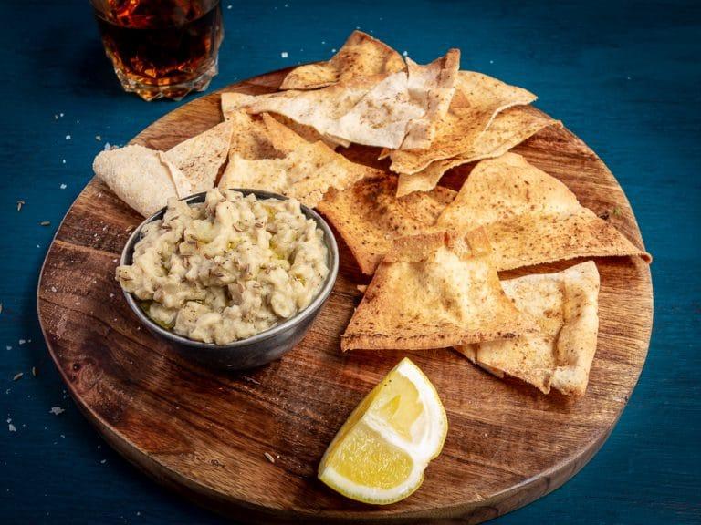 Homemade Pita Bread Crisps – Frugal Crackers in Under 10