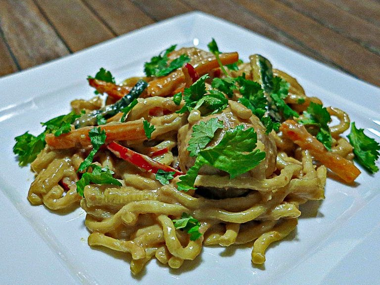Chicken Satay Meatballs with Noodles and Vegetables